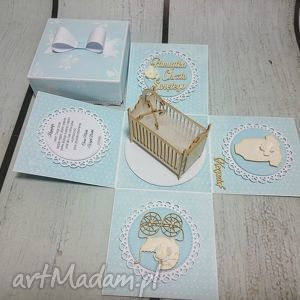 eksplodujące pudełeczko z łóżeczkiem, pudełko, prezent, chrzest, urodziny, łóżeczko