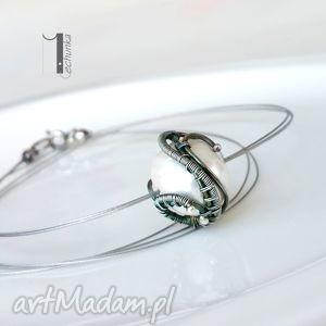 naszyjniki bianco v - naszyjnik z perłą majorka, perła, ażurowy, srebrny