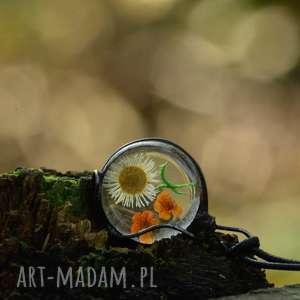 Łąka - naszyjnik z kwiatami suszonymi - naszyjnik-z-wisiorem, metaloplastyka