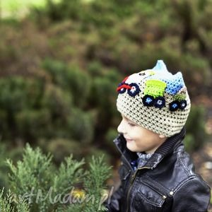 czapka pociąg, czapka, głowa, aplikacja, handmade, włóczka, wiosna
