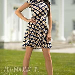 ręcznie zrobione sukienki sukienka rozkloszowana t183, wzór w romby