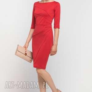 Dopasowana sukienka z przeszyciami, SUK146 czerwony, casual, przeszycia, czerwona