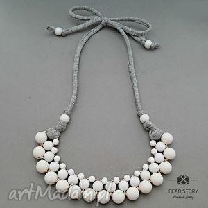 bead story naszyjnik z białych korali, korale, naszyjnik, akryl, sznurek, bawełna