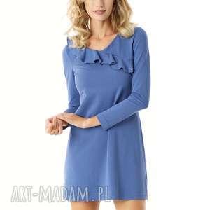 sukienki sukienka z falbanką przy dekolcie niebieska, elegancka sukienka, modna