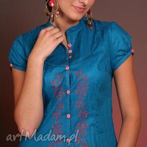 turkusowa bluzka z kwiatowym haftem, bawełna, haft, guziki, kobieca, romantyczna