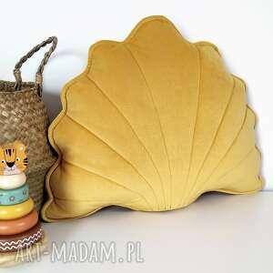 kuferek-malucha muszelka dekoracyjna poduszka w kolorze - musztardowy, dziecko