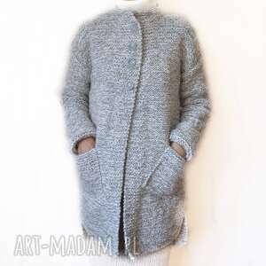 aleksandrab prosty, elegancki sweter handmade, robiony na drutach /1/
