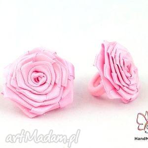 bukiet-pasji gumka frotka do włosów dla dziewczynki - różowe
