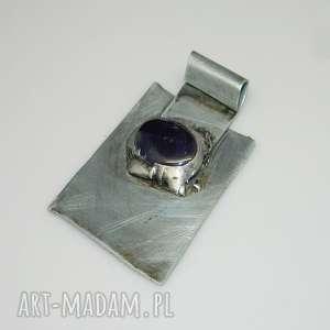 ametyst-N45, wisior, ametyst, unikatowa-biżuteria, unikalny-wisior, metaloplastyka,