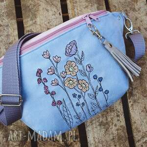 Zapetlona Nitka - nerka xxl kwiaty, nerka w kwiaty, saszetka, torebka z haftem, pastelowa, kwiatowa