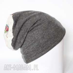 ręcznie robione czapki szara dzianinowa czapka z flamingiem