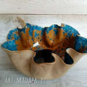 ceramika misa ceramiczna pokryta szkliwem krystalicznym wyjątkowa