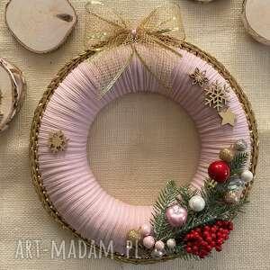 Pomysł na prezenty świąteczne! Wieniec szydełkowy