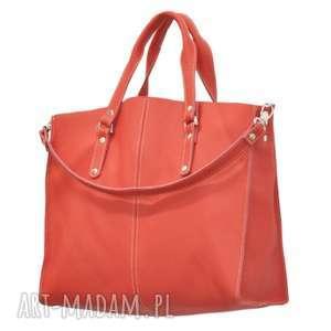 na ramię 44-0003 czerwona torebka skórzana z paskiem i kontrastowymi