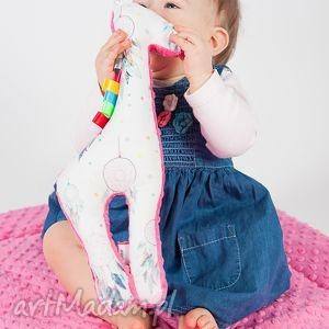 hand-made zabawki mięciutka, żyrafka minky - fuksjowe łapacze snów