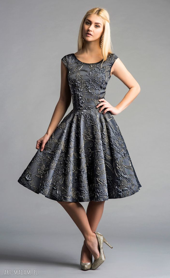 ręcznie zrobione sukienki sukienka scarlett (koło) midi ofelia