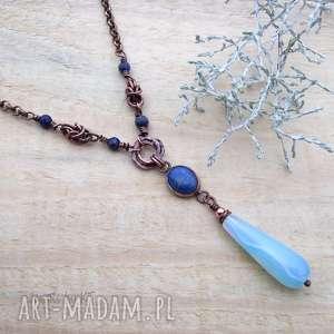 błękitna kropla w miedzi, biżuteria miedziana, naszyjnik miedziany, chainmaille