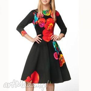 Sukienka STAR 3/4 Midi Marika (czarna) , midi, kwiecista, rozkloszowana, oryginalna