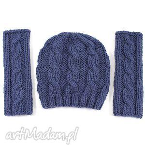 komplet czapka i mitenki w warkocze - mitenki, czapka, warkocz, dzierganie, nadrutach