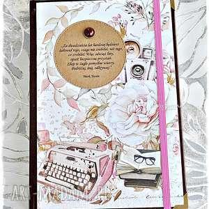 handmade scrapbooking notesy podróżuj, śnij, odkrywaj! Kalendarz 2020 dla