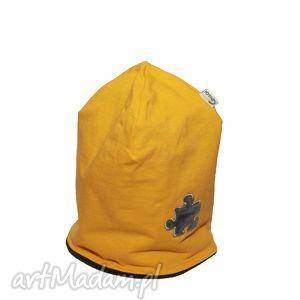 hand made czapka żółta z szarym puzlem