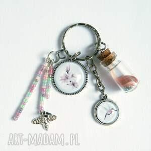 breloki breloczek - lilia, koliber, fiolka, breloczek, do kluczy, lilia