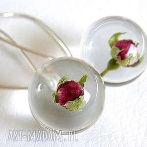 Kolczyki z czerwonymi różyczkami, żywica i srebro, żywica, naturalna, kwiaty, róża