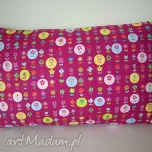 Poduszka w kolorowe kółka z kwiatkami, kwiatki