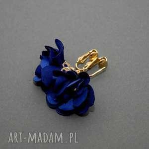 klipsy z kwiatkami, kwiatuszek, eleganckie, wiszące, kobaltowe, małe, kwiat