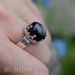 dziki krolik królewski pierścień z rubinem, pierścionek, rubin