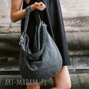 hand made torebki workowata torba z grubo plecionej tkaniny do noszenia na ramieniu lub