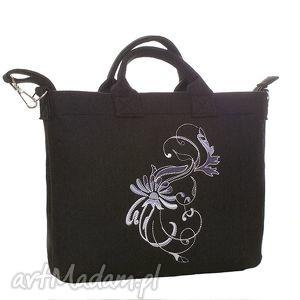 ciemna torba z haftowanym secesyjnym ornamentem, torba, torebka, pokrowiec, laptop
