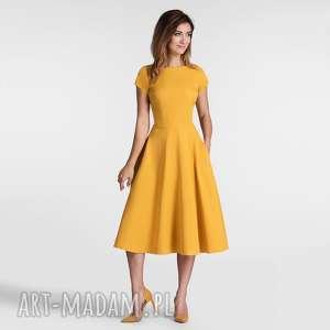 livia clue sukienka klara total midi miodowy, sukienka