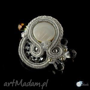 Biało-srebrna broszka sutasz - ,broszka,sutasz,soutache,ślub,