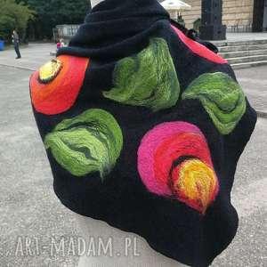 ręcznie zrobione chustki i apaszki czarna chusta handmade wełniana