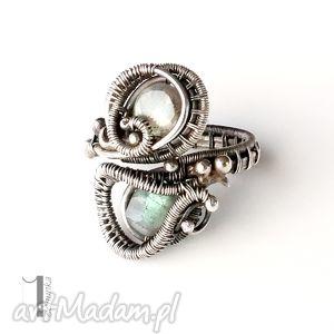 marzyciel i - pierścionek z labradorytem - ażurowy kobiecy, bajkowy