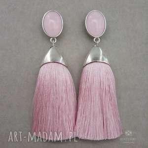Pędzelki w srebrnej oprawie pudrowo różowe, sztyfty, stal, akryl, frędzle, chwosty