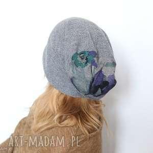 czapka handmade kret nie podsłuchiwał - czapka, jesień, kwiaty, wełna