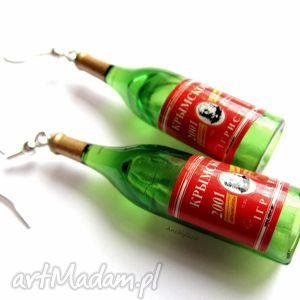 dwa wina wytrawne, kolczyki, wina, wino, butelki, miniatury, świąteczne prezenty
