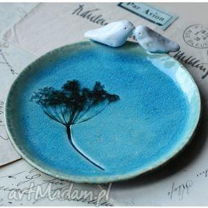 Średni talerzy turkusowy, ceramika, talerz, ptak
