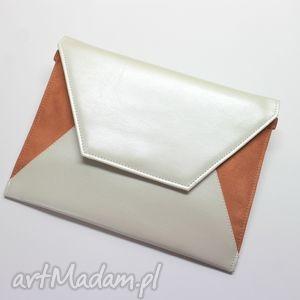 kopertówka - perłowa i zamsz łososiowy, elegancka, nowoczesna, wizytowa