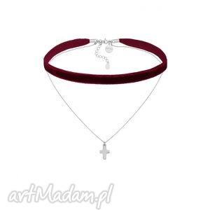 bordowy aksamitny choker z łańcuszkiem zdobionym krzyżykiem, modny, aksamitka, grunge