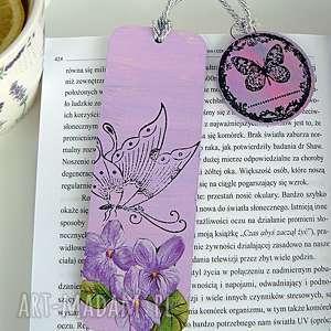 handmade zakładki usiądź motylku. Spersonalizowana zakładka do książki z kolekcji bücherwurm