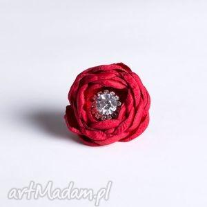 flowering - kwiatowy pierścionek czerwony z cyrkonią