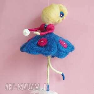 Prezent Wróżka balerina tańcząca na piórku-MOBIL, waldorf, mobil, lalka, prezent