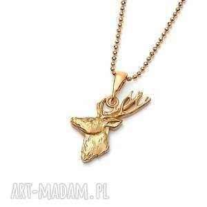 jeleń mini amulet ze złoconego srebra, bizuteria z jeleniem, wisior
