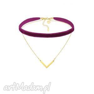 purpurowy aksamitny choker z łańcuszkiem i zawieszką, pozłacany