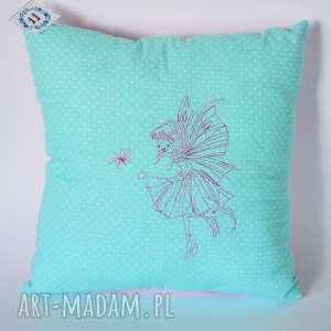 Poduszka z haftowaną wróżką , poduszka, wróżka, elf, dziewczynka, haftowana, urodziny