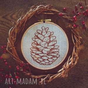 obrazek haftowany szyszka - góry, len las