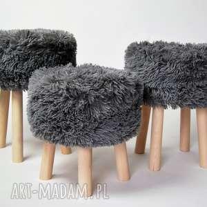 Fjerne S futrzak szary, stołek, fjerne, drewniany, skandynawski, puf, taboret